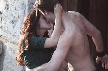 ela aproveitou bem esse beijo, não?....
